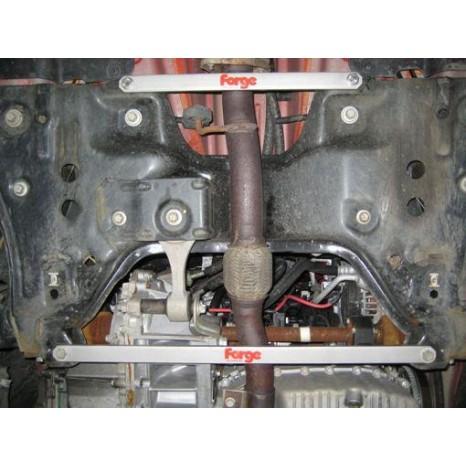 FORGE MOTORSPORT - Barre anti-rapprochement pour Mercedes A45 AMG, A160, A180, A200, A220 et A250