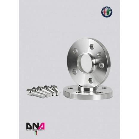 ALFA MITO Paire d'élargisseurs de voie 5 mm + Kit de boulons - pas de centrage - DNA RACING